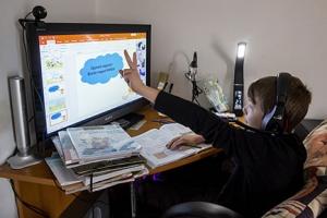 Csendben, egyedül szeretnek tanulni a fiatalok, de hiányzott a tanári felügyelet